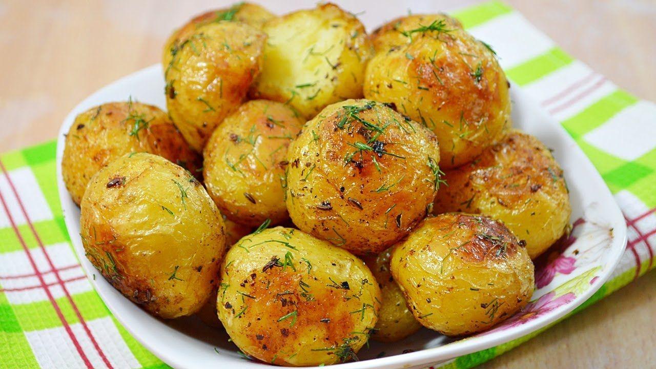 печеная картошка с паприкой в духовке