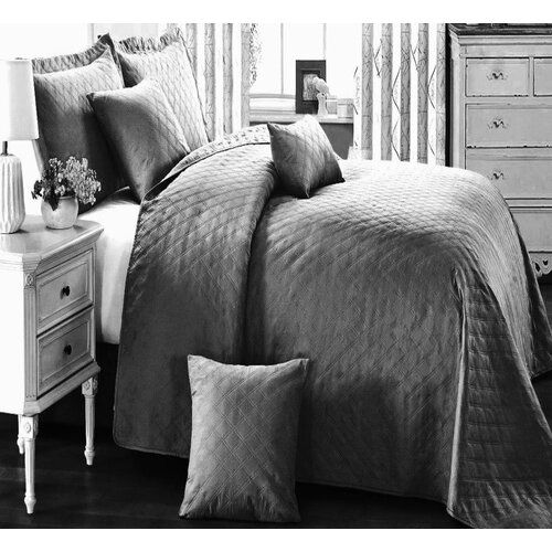 Tagesdecke Abbate mit Kissenhüllen ClassicLiving Farbe: Grau, Größe: Einzelbett: 185 cm B x 240 cm L