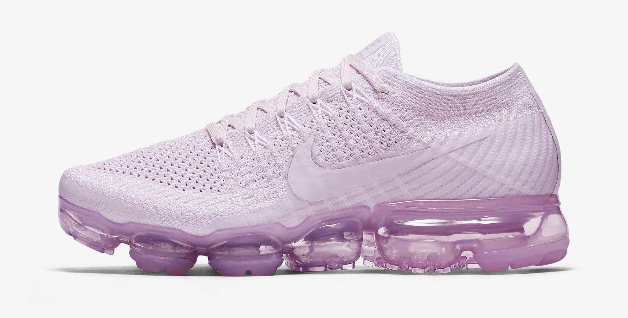 a87ec5325ada80 Light Violet Nike VaporMax 849557-501 Profile