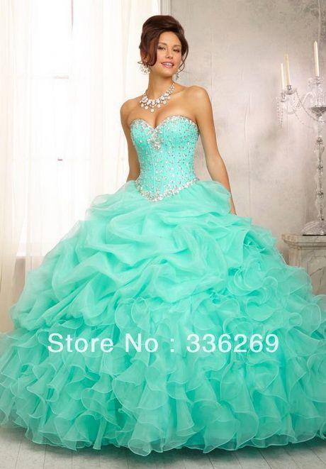 8682492e4 Imagenes de vestidos de 15 años ala moda