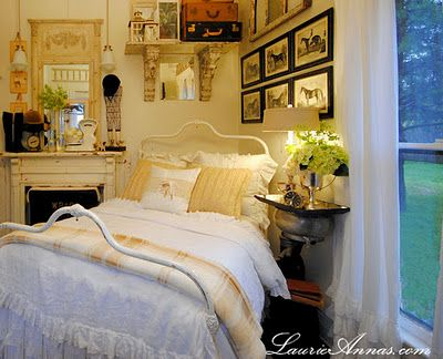 Love the way the space was used in this 12\u0027by 10\u0027 bedroom! Home - Used Bedroom Sets