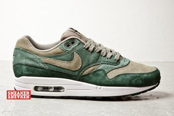 nike air max one green suede 001 570x379