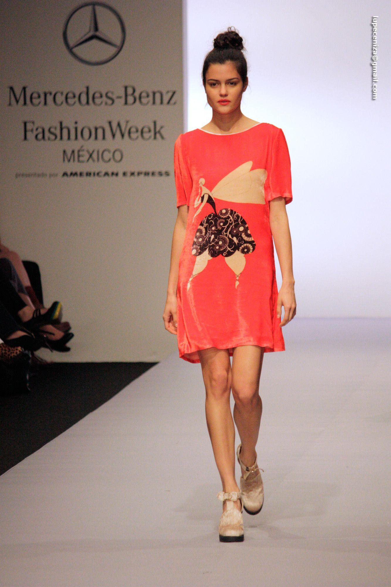 Ale Quesada's mini dress #mbfwkoleston foto @lupeceniza