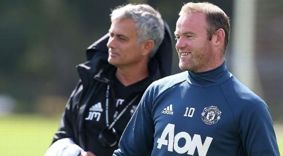 Rooney Đưa Mourinho Lên Mây: