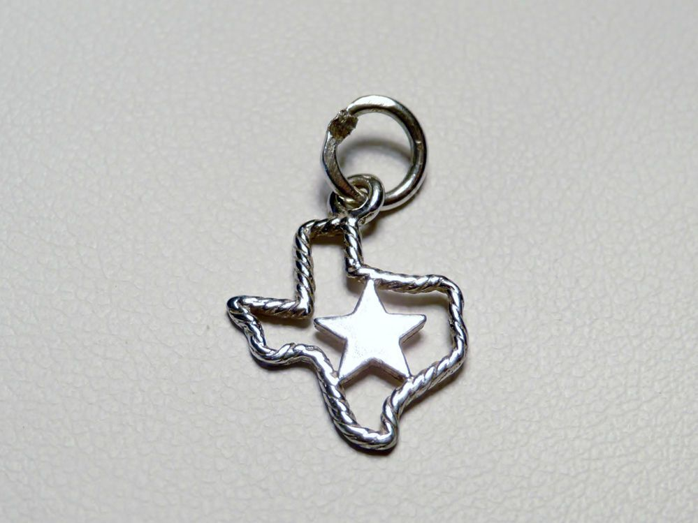 Retired James Avery Sterling Silver Rope Texas W Star