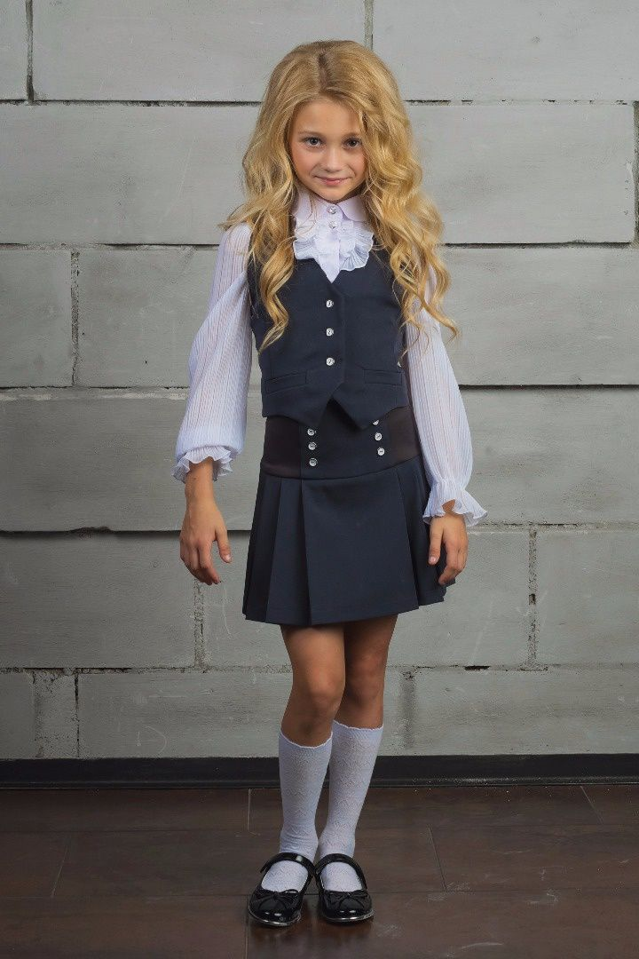 little blond girls school clothes