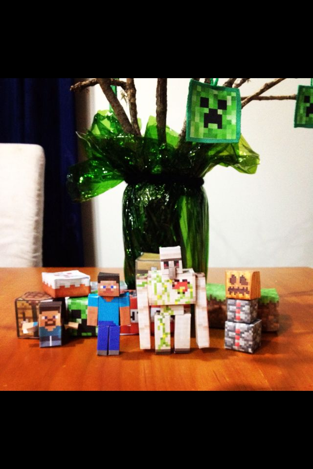Minecraft decorations, birthday party