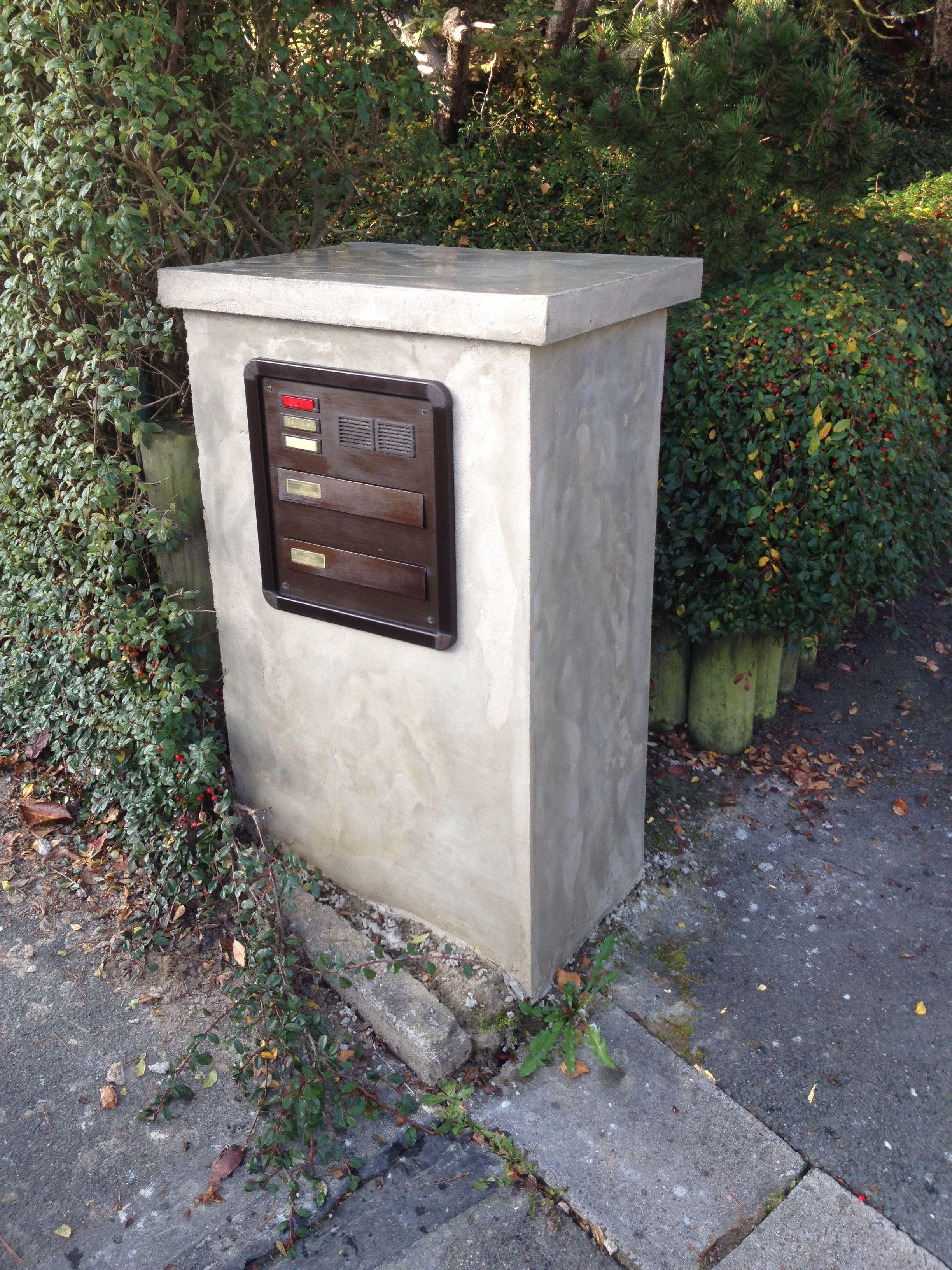 Beton Briefkasten