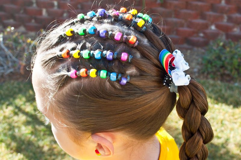 Princess Piggies Friday S Film How To Secure A Bead Lucky Rainbow So Doing This For The 4th W Red White Blue Hair Beads Wacky Hair Days Crazy Hair
