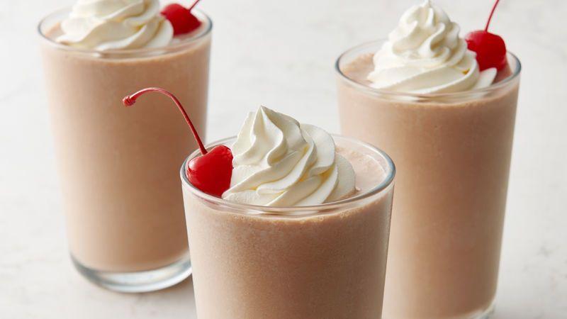 Chocolate Milkshakes Recipe Milkshake Recipes Milkshake Recipe Chocolate Chocolate Milkshake