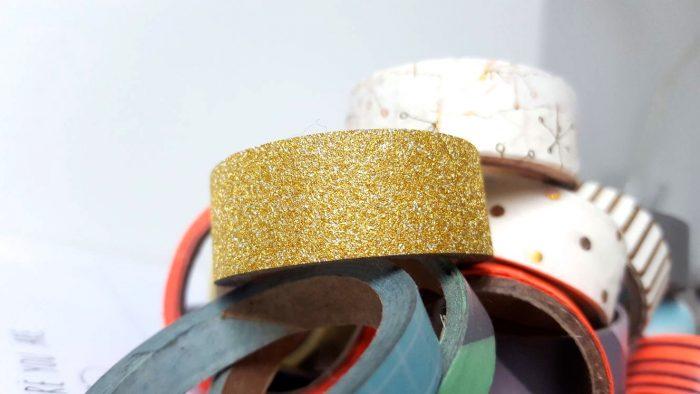 Washi tape: wat is het, wat kan je ermee, en waar kan je het kopen? In dit artikel worden echt al jouw vragen over washi tape beantwoord! Lees je ook mee?