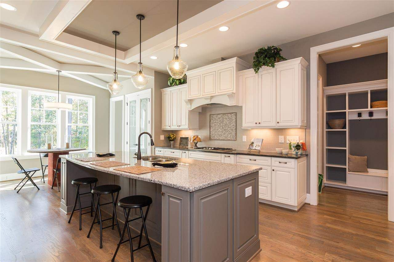 Cool And Contemporary Kitchen Countertops Durham Nc Only In Miral Iva Design Kitchenrem Kitchen Design Small Kitchen Remodeling Projects Kitchen Remodel Small