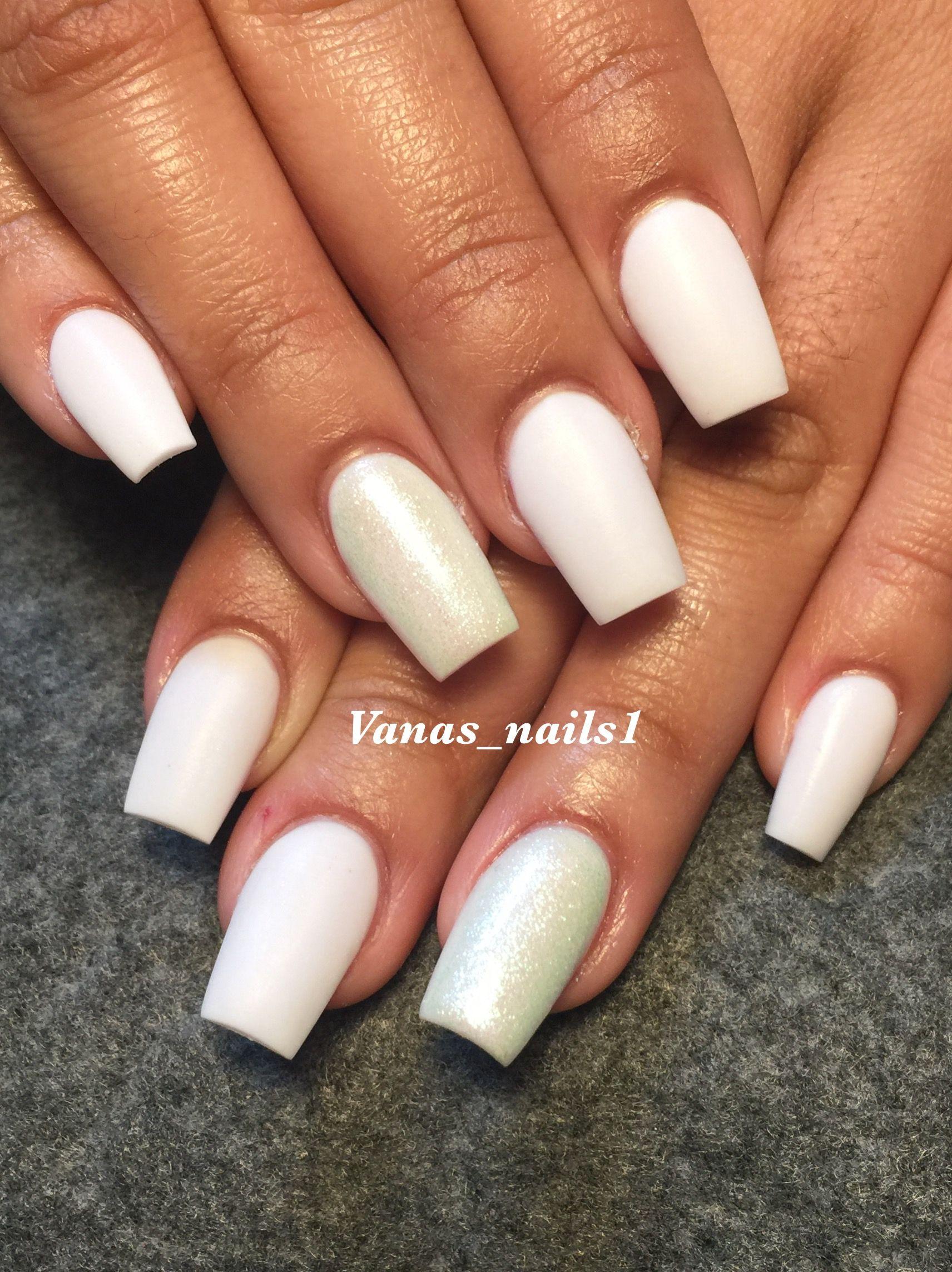 white acrylic nails matte vanas nails pinterest