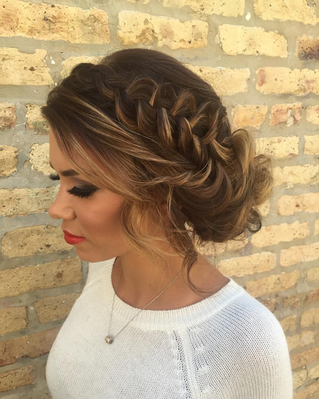 Lovely Braided Updo Classic Vintage Wedding Hairstyle Vintage Hairstyles Hair Styles Simple Prom Hair