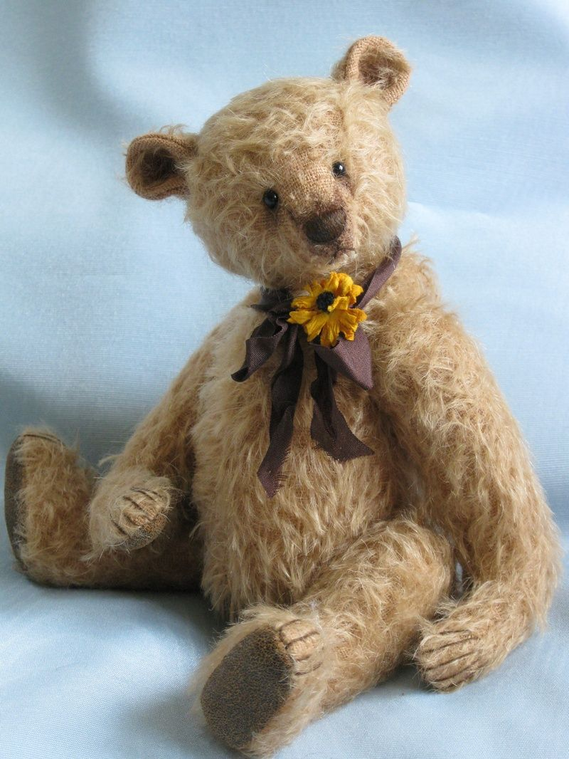 Ashworth 9 Inches - The Old Post Office Bears