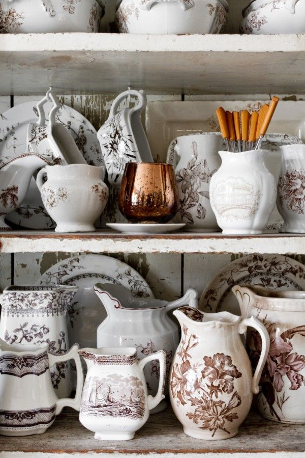 Joanna Madden Dining Room | Rikki Snyder Photography | Style Me Pretty Living | Cottage Home Tour | Vintage Transferware