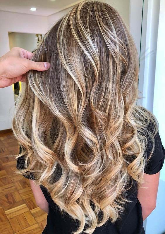 Best ever golden hairstyles and hair color ideas for bold and fashionable ladies...