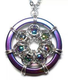 Résultats de recherche d'images pour «rainbow necklace maille»