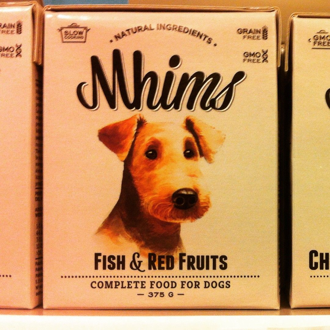 Novo MHIMS FISH & RED FRUITS! Hummm #dogsloveit #mhims #srcaoedonagata #dogs #dogsofinstagram #puppylove #puppy #instadogs #petlovers #petshop #grainfree #gmofree #slowcooking (em Sr. Cão e D. Gata)