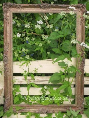 Beautiful large decorative frame - great prop for parties/events ...