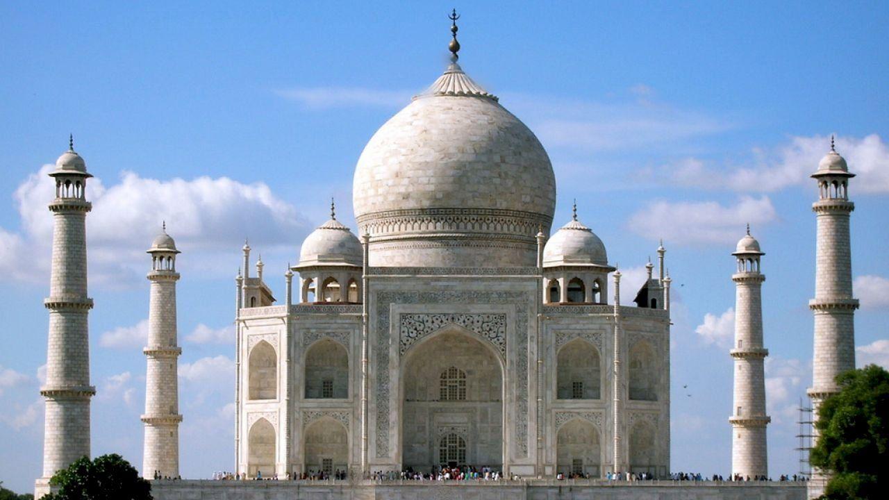 أين يقع تاج محل في أي مدينة Taj Mahal City Landmarks