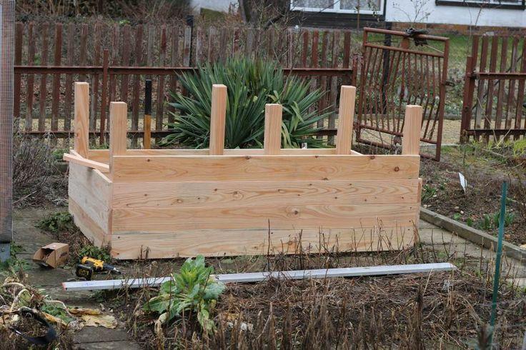 Ein Hochbeet Im Garten Kann Man Sich Leicht Selbst Ein Garten Hochbeet Im Kann Leicht Raised Garden Beds Diy Herb Garden Pallet Raised Garden Beds