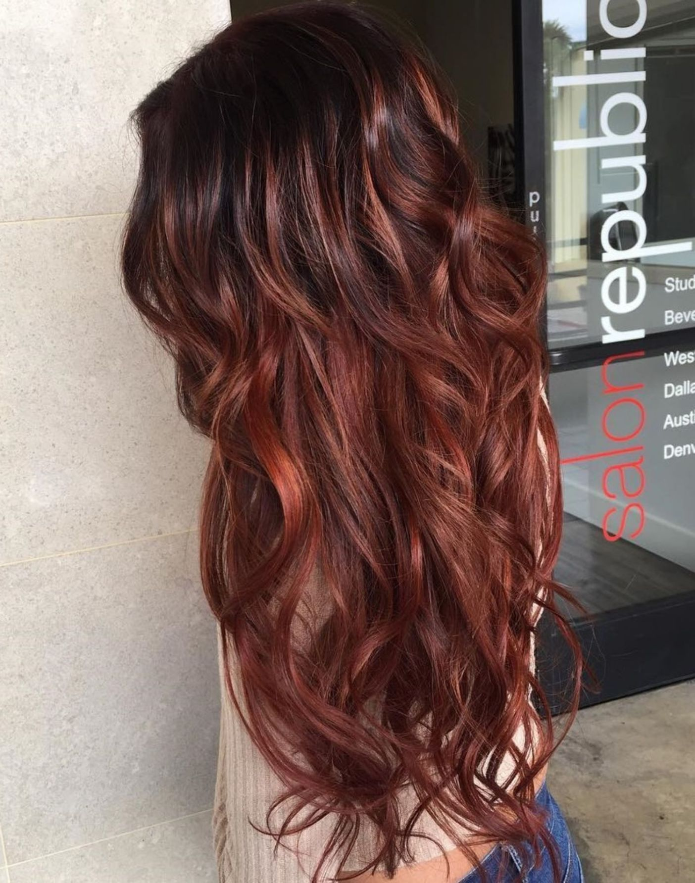 60 Auburn Hair Colors To Emphasize Your Individuality Hair Color Auburn Auburn Red Hair Curls For Long Hair