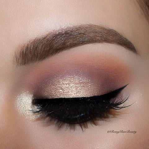 soft neutral eyeshadow makeup pale gold to lavender to