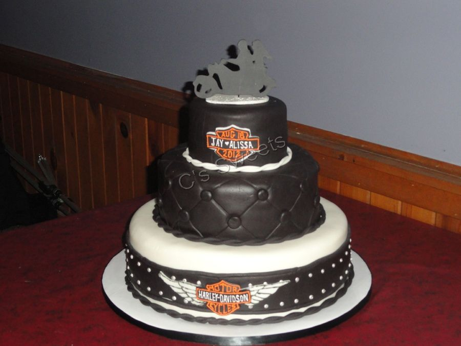 Harley Davidson Wedding Cake Toppers Harley Wedding Cake Round
