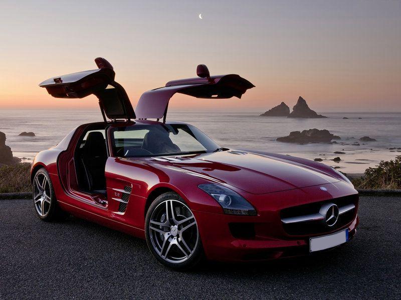 Mercedes SLS AMG: Top Speed – 317kmph; Power – 571bhp; Torque ...