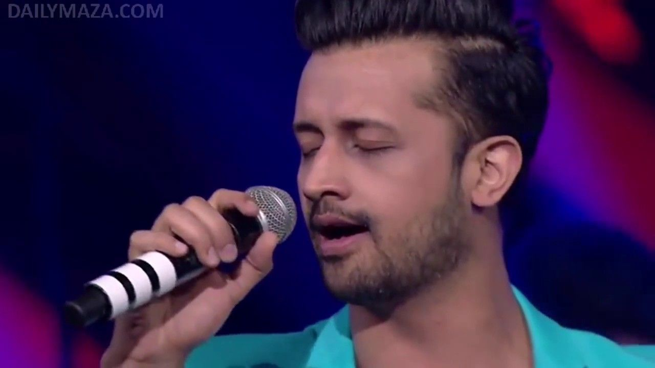 Atif Aslam s Heart Touching Performance Live at Star GIMA
