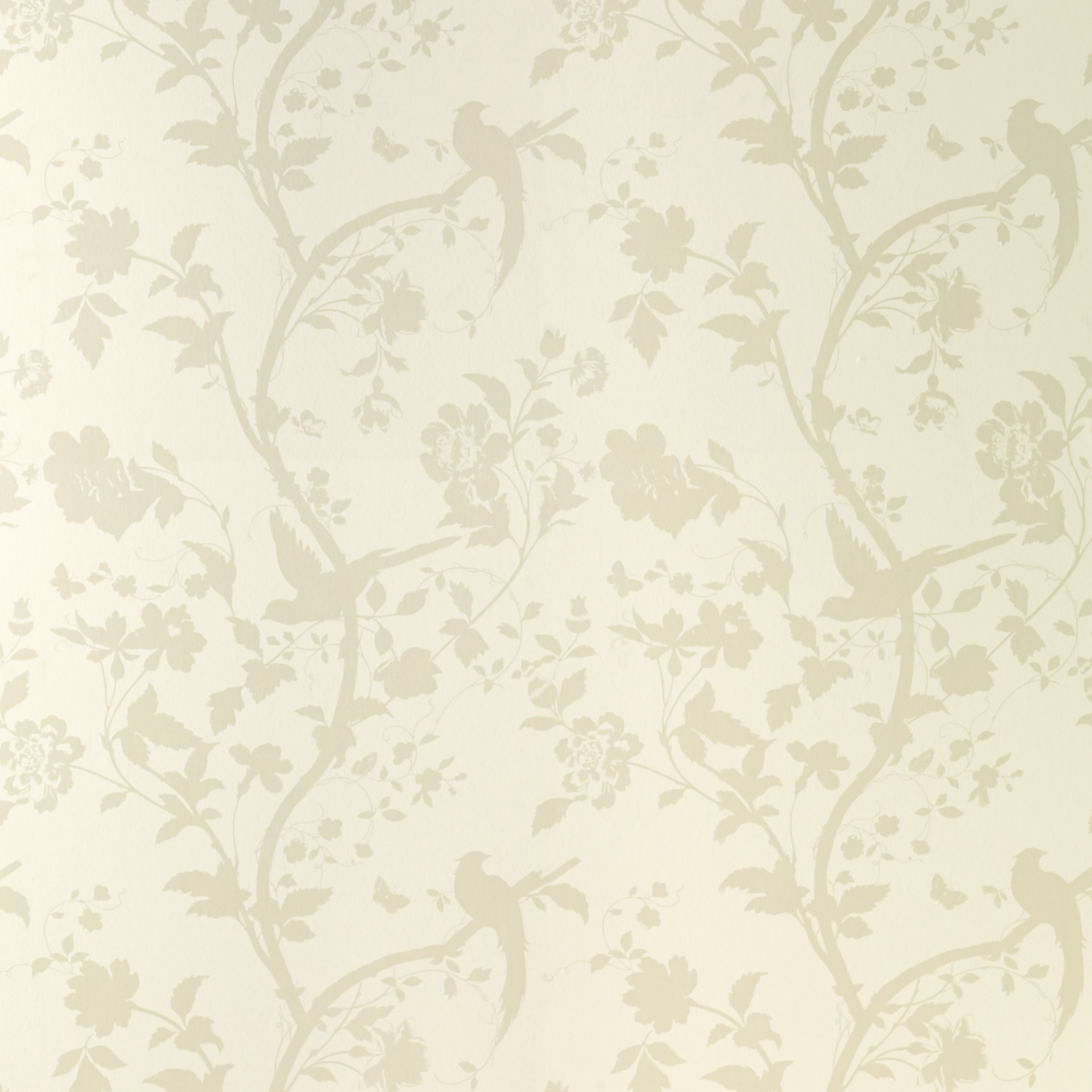#Lauraashleyss14 Beautiful Wallpaper With A Gorgeous Sheen To Catch The