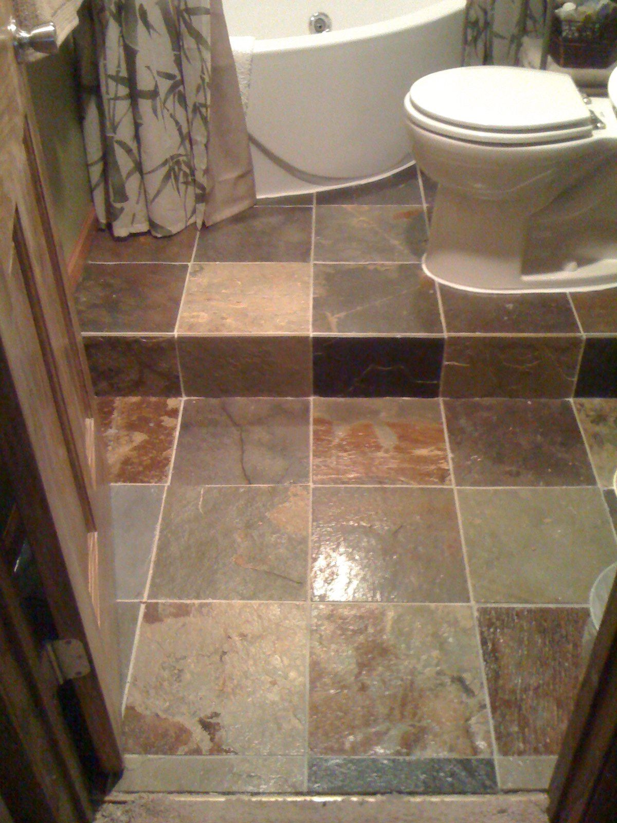 Bathroom Step-up, slate tile, jacuzzi tub | Bathroom Ideas ...