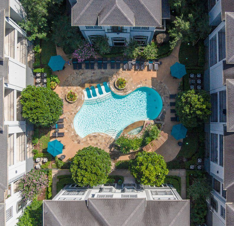 Luxury Two Bedroom Houston Apartment In The Heart Of