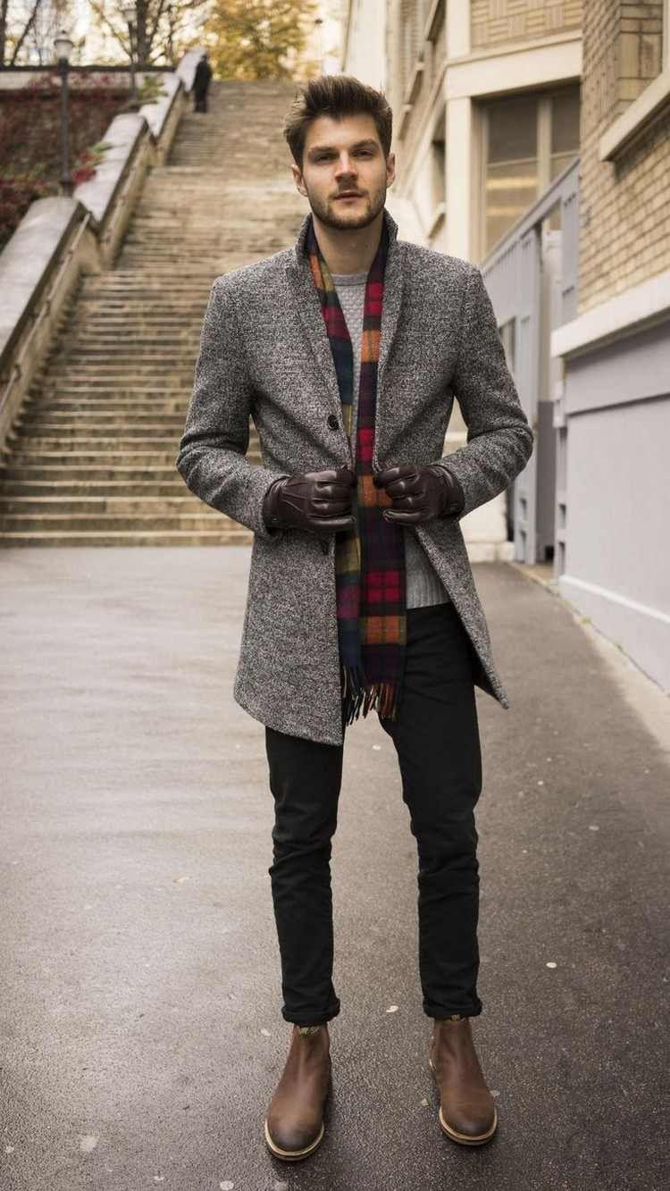 mode homme automne hiver 2017 2018 manteau gris et bottines chelsea  homme   automne  fashion  lookmode 08ed4d101d3