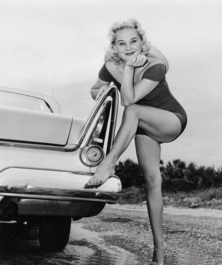 hines vintage nude pics connie