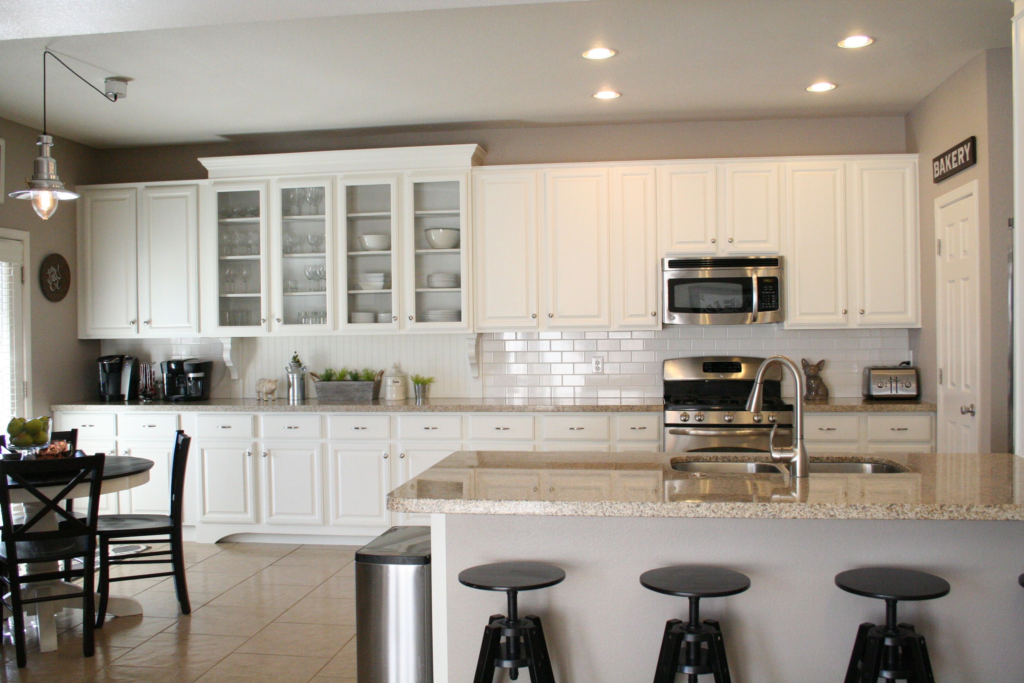 Sherwin Williams Pro Classic White Kitchen Cabinets Added Moldings And Feet Diy Kitchen Facelift With Images Classic White Kitchen Kitchen Facelift