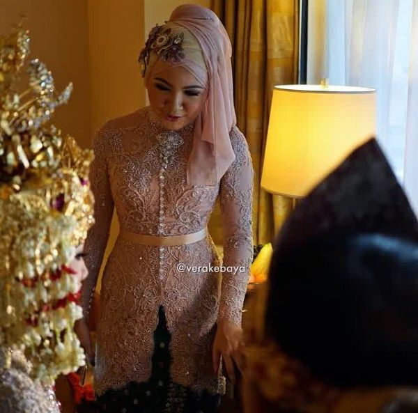 Photo of Kebaya for hijaber Vera Anggraini