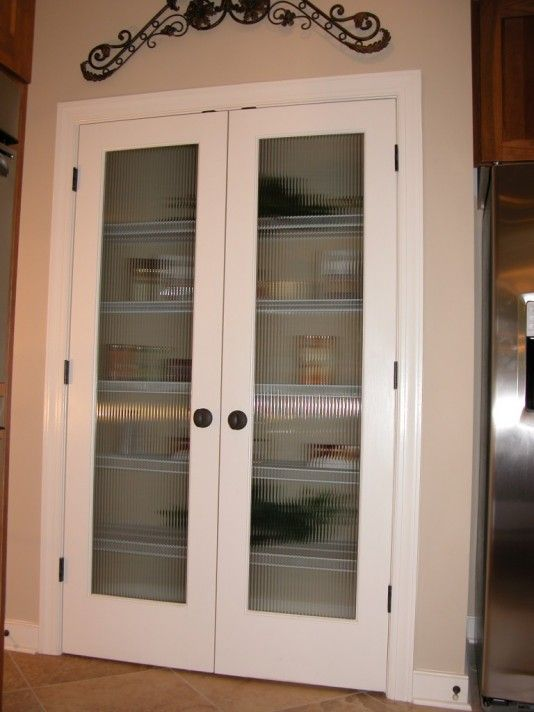 Full Veiw Double Pantry Doors Pattern Resembles Clear Corduray Stripes Obscurity Level 2 Pantry Interior Pantry Door Kitchen Pantry Doors