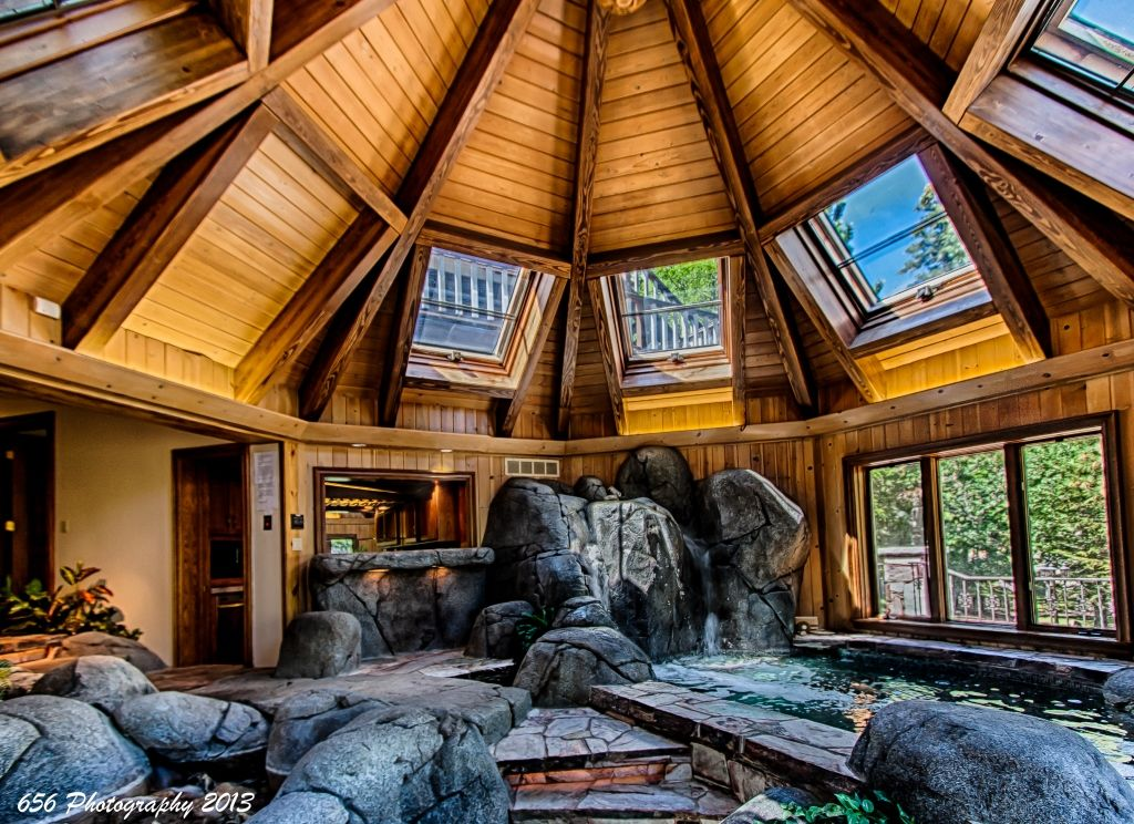 Indoor Waterfall 14 Person Hot Tub Mansions Mansions For Rent Renting A House