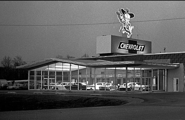 Mid 60 S Chevy Dealership Chevy Dealerships Car Dealership