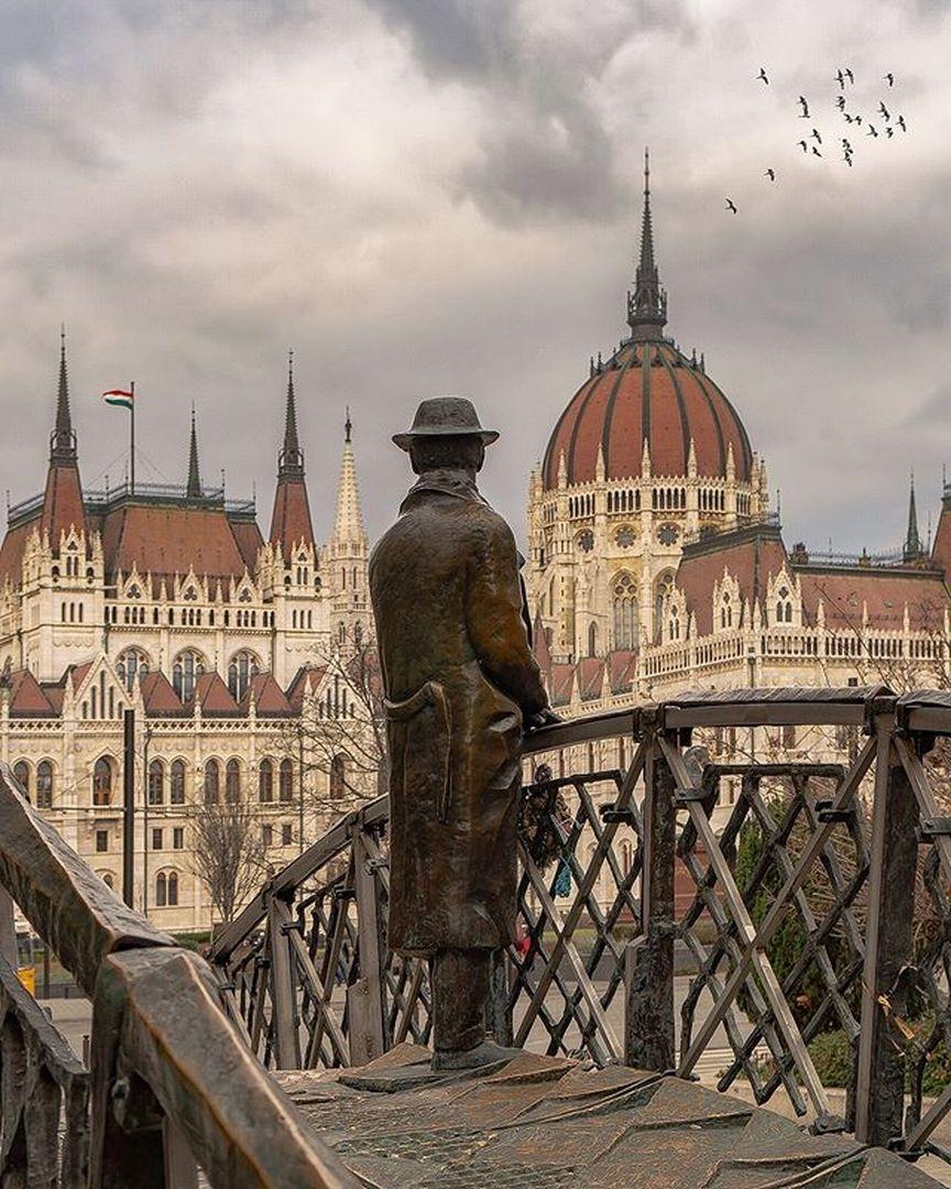 "budapest   travel community on instagram: ""✨parlamento"