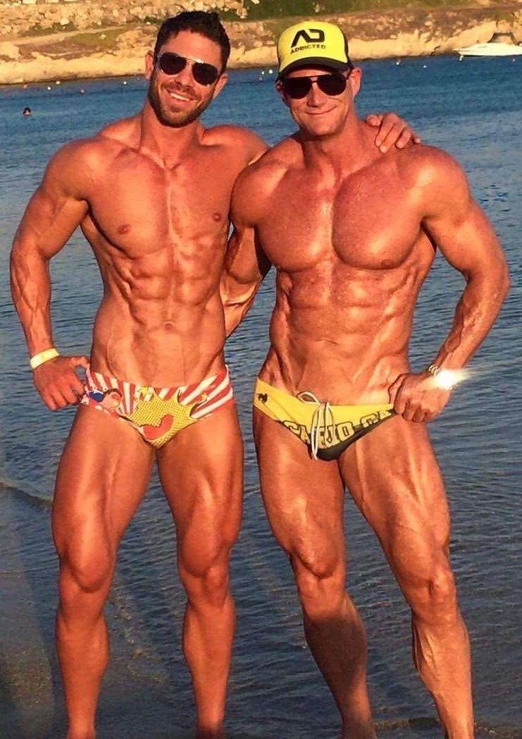 4 gay pics muscleman