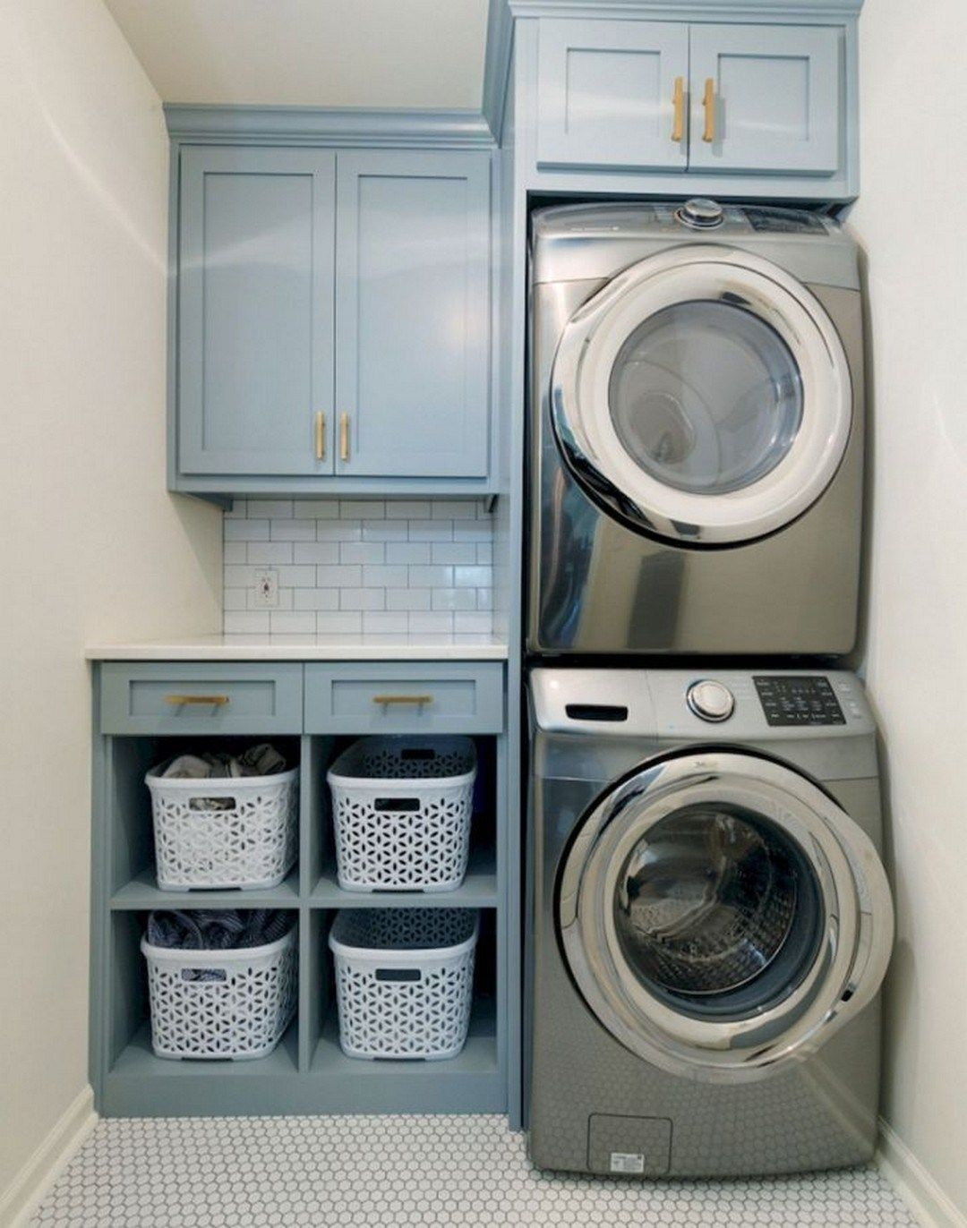29 Small Space Laundry Room Ideas #laundryrooms