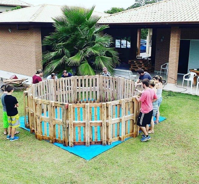 This DIY Pallet Pool Is The Cheapest, Easiest Way To Have ...