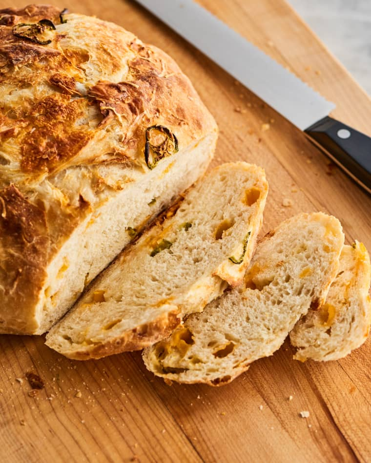 Cheddar And Jalapeno No Knead Bread Recipe In 2020 No Knead