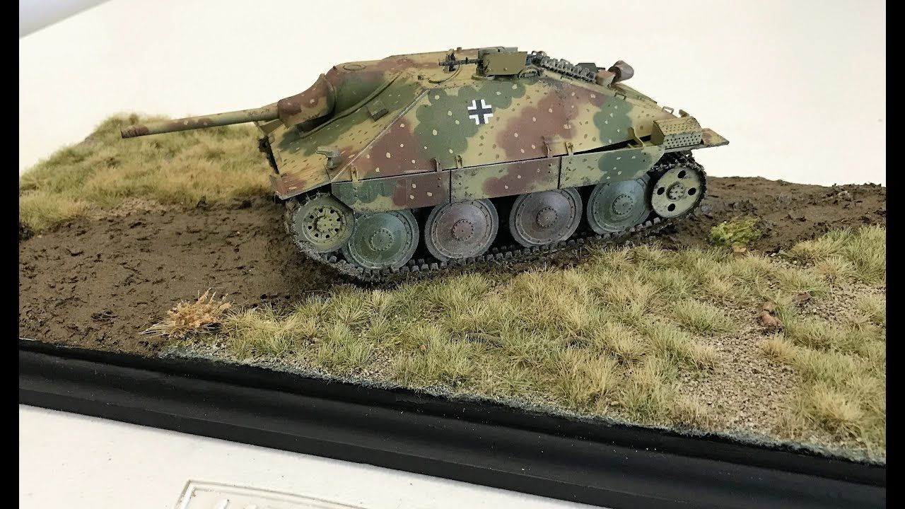 Building A Easy Diorama Using Ammo By Mig Grass Mats Plus Weathering Ma Diorama Military Diorama Modeling Techniques