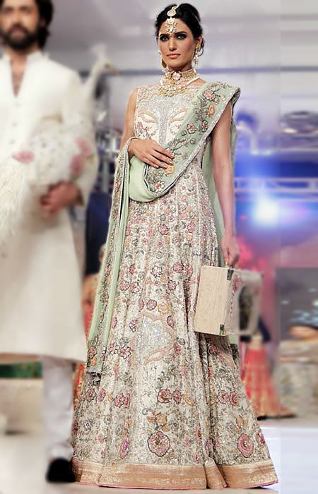 Ali Xeeshan Anarkali Suits Wedding Guest Outfits Reception