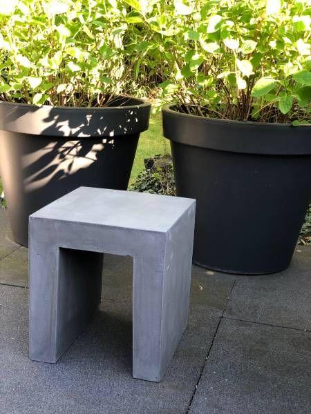Cube Sitzwurfel Hocker Beistelltisch Anthrazit Le Jardin