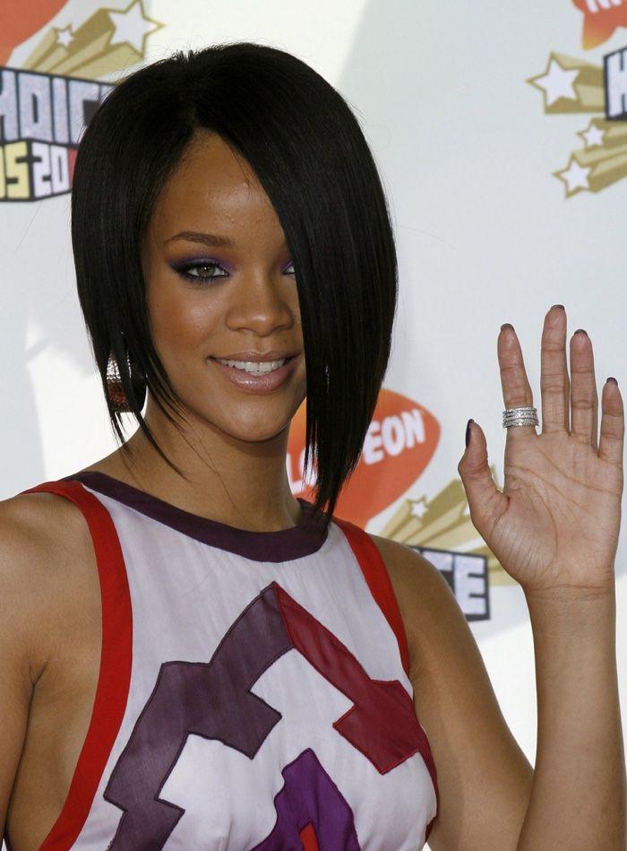 Rihanna Hairstyles Photos Of Rihannas Best Hair Moments Rihanna